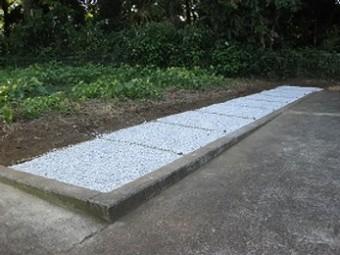 顕妙寺墓地